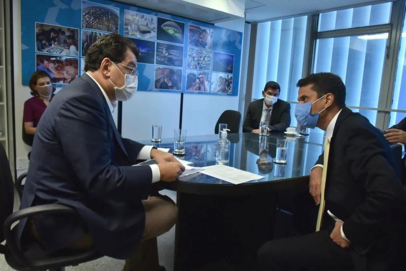 Prefeito de Maués vai a Brasília em busca de emendas parlamentares