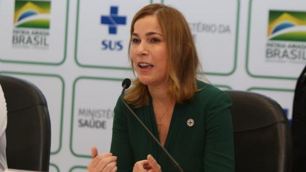 Secretária de Pazuello e Queiroga confessa ao MP que ida a Manaus foi para difundir cloroquina