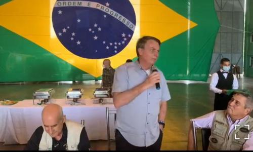 Em São Gabriel, Bolsonaro volta a ameaçar uso de Forças Armadas contra restrições da Covid