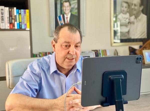 'Ministério paralelo' de Bolsonaro ditava quem ia morrer e quem ia viver, diz Aziz