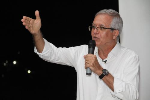 Romero Reis defende armamento da população amazonense