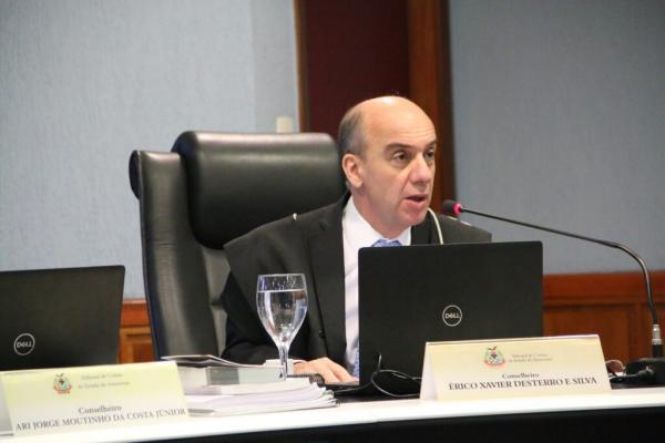 TCE/AM concede cautelar e mantém pregão do Centro de Mídias da Prefeitura de Manaus