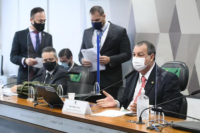 02 do Ministério da Saúde não explica por que aviões não levaram oxigênio a Manaus