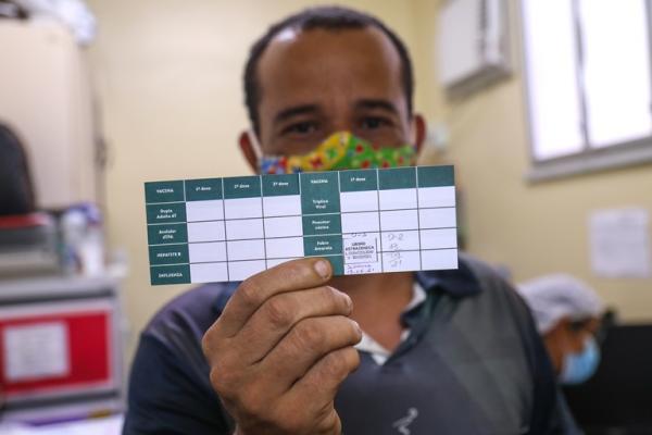 Manaus vacina pessoas de 37 e 38 anos contra a Covid-19 nesta sexta (18)