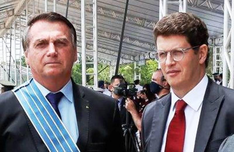 Alerta de prova 'bomba' no STF fez Bolsonaro demitir Salles