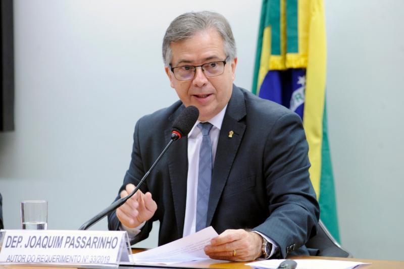 Defensor de garimpo em terras indígenas, Joaquim Passarinho é sub-relator do Código de Mineração
