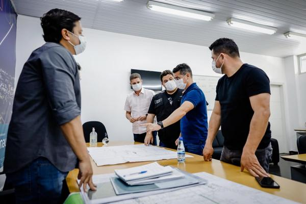 David Almeida anuncia prazo de 60 dias para concluir obras do Distrito Industrial da Suframa