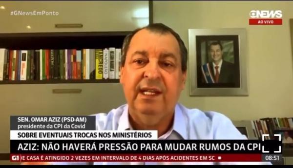 Omar pede que Queiroga demita 'Capitã Cloroquina'