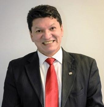 CARLOS SANTIAGO - Fundo eleitoral da vergonha