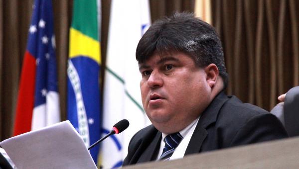 Após pressão, David Reis recua e mantém nome de líder negro em praça de Manaus