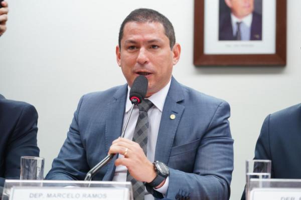 'A montanha pariu um rato', diz Marcelo Ramos sobre provas prometidas por Bolsonaro