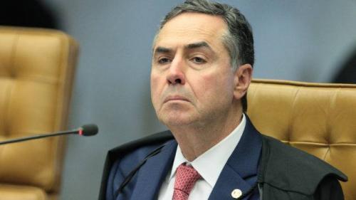 Todos os 15 ex-presidentes do TSE e o Barroso divulga nota em defesa da urna eletrônica