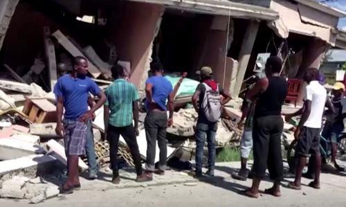 Número de mortos após terremoto no Haiti chega a quase 1.300