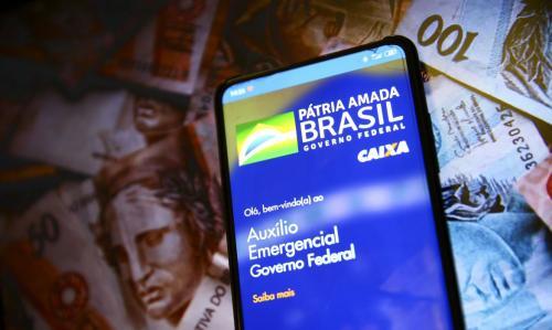 Caixa paga hoje (28) auxílio emergencial a nascidos em setembro e outubro