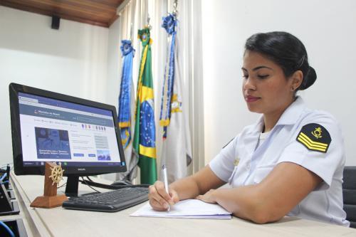 Marinha divulga editais de concursos públicos para todo o Brasil