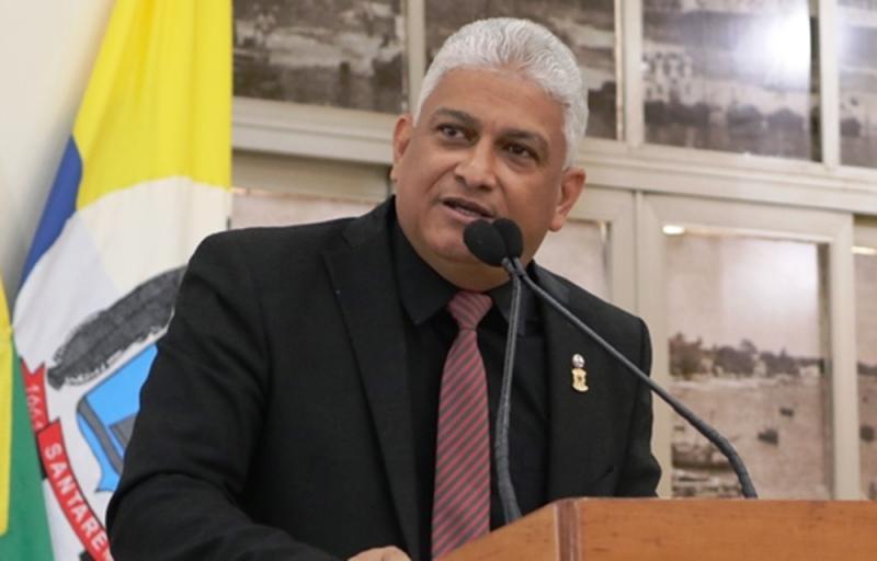 Vereadores de Santarém vão homenagear supremacistas brancos dos EUA