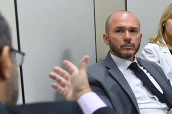 Justiça do AM aumenta pena de ex-delegado que matou advogado em Manaus