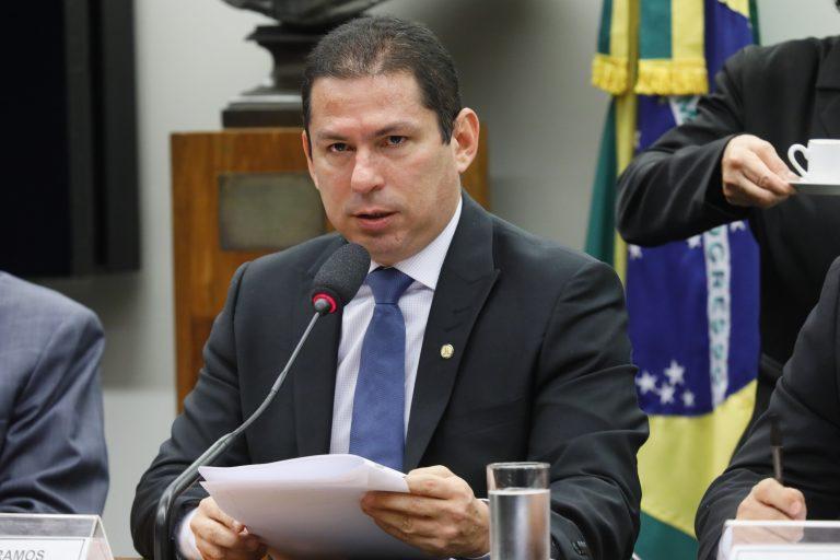 Marcelo Ramos assume presidência da Câmara dos Deputados, interinamente