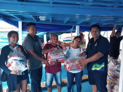 FEI distribui cestas básicas no interior do Amazonas para comunidades indígenas