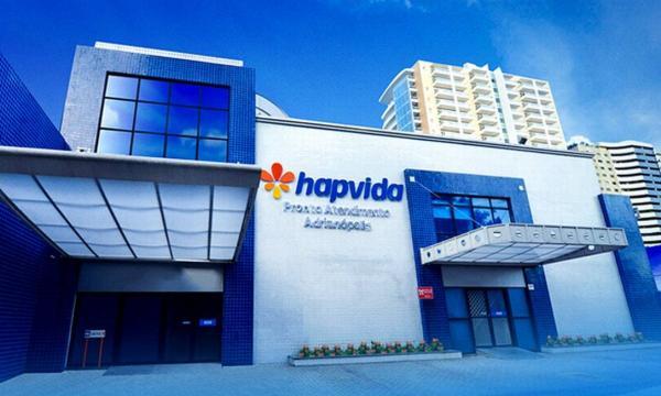 Médico da Hapvida relata que sofria ameaças de demissão para receitar 'kit covid'