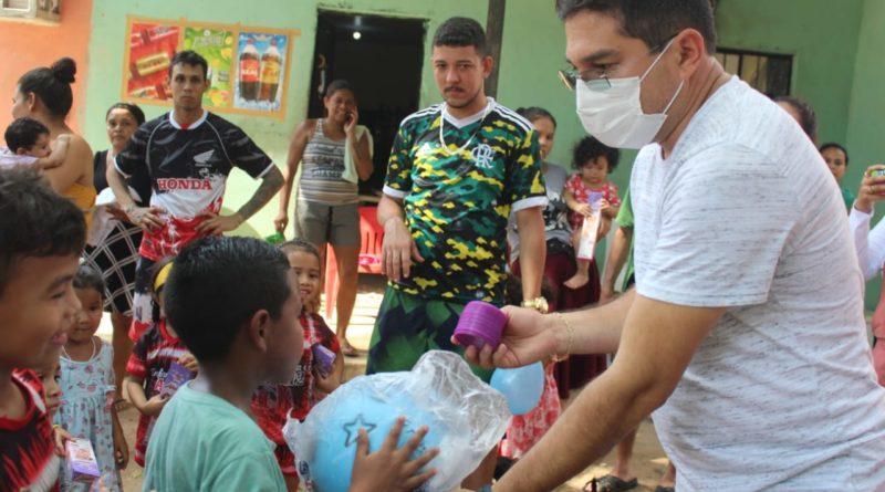 Vereador Jander Lobato realiza ação social para crianças nos bairros de Manaus
