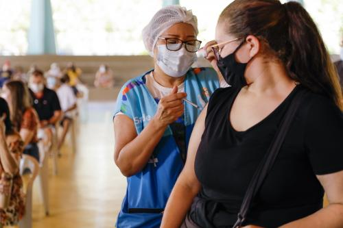 Vacinação contra a Covid-19 terá 14 pontos em Manaus, neste sábado (23)