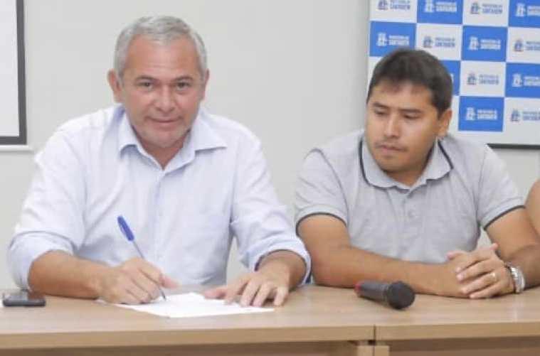 Nélio vai à Brasília e, novamente, Ronan Liberal não senta na cadeira de prefeito