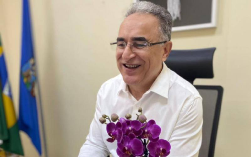 Médica confirma que prefeito de Belém foi infectado pela variante Delta