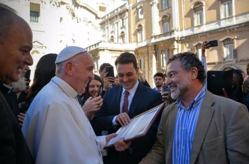 Papa Francisco recebe convite da FAS e Arquidiocese para vir a Manaus