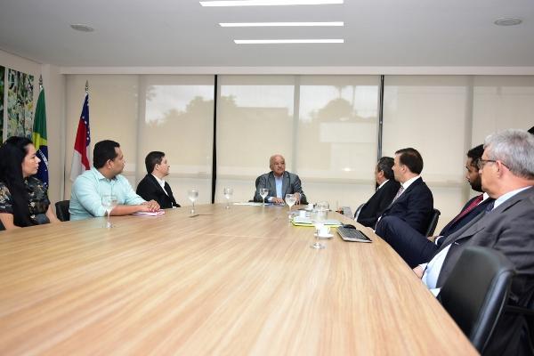 Empresários apresentam ao governador construção de Shopping em Iranduba