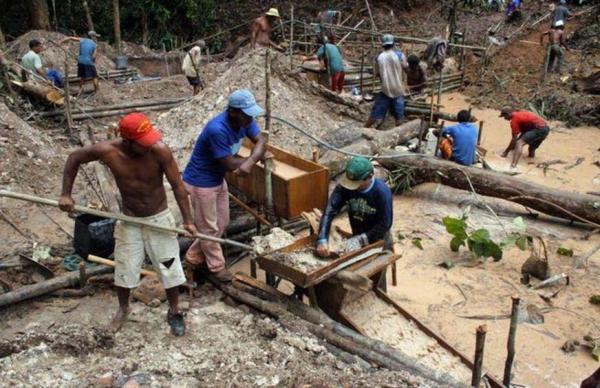 Justiça Federal bloquea bens de empresas que exploravam garimpo ilegal