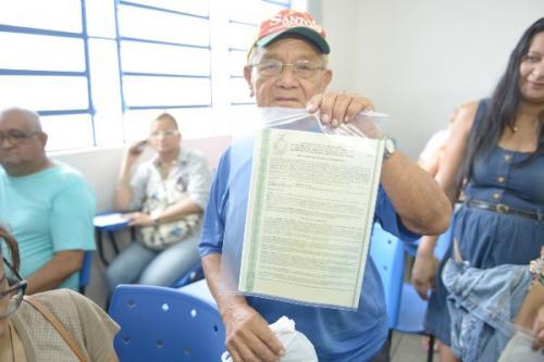 Governo vai entregar 10 mil títulos definitivos em Manaus e no interior