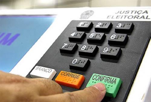 Eleitor que não votou deve regularizar situação até 02 de maio