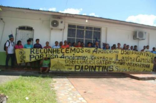Indigenas fazem protestos sobre mudança no Dsei Parintins