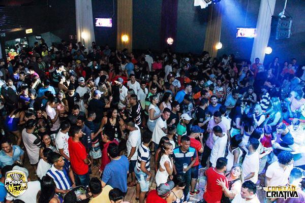 Forró e Boi-Bumbá embalam festa no Arena Pub, nesta quinta (22), em Manaus