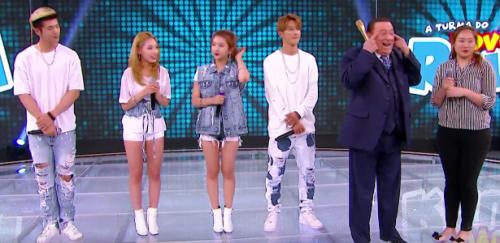 Raul Gil é acusado de racismo contra banda sul-coreana durante programa