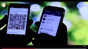 Empresa pagará danos por demitir funcionária em grupo de WhatsApp