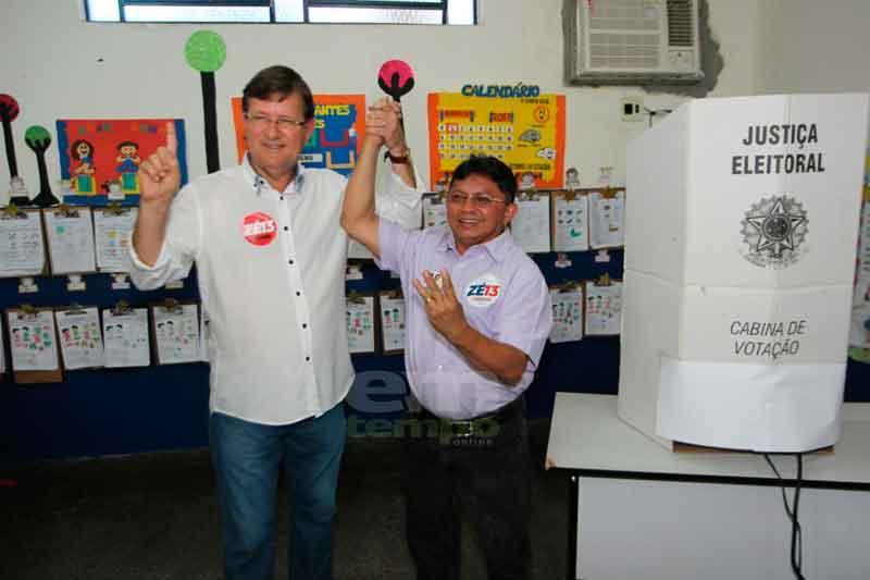 """""""Quem decide o futuro do Amazonas é o eleitor"""", afirma José Ricardo, durante votação nesta manhã"""