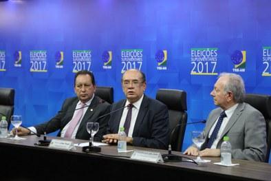 Gilmar Mendes reconhece dificuldade de realizar eleições no AM e elogia TRE