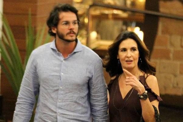 Namorado de Fátima Bernardes é filiado ao PDT, faz oposição a Temer e chama Globo de 'golpista'