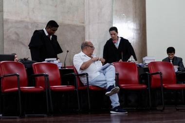Júri absolve ex-procurador Vicente Cruz da acusação de tentativa de homicídio