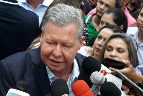 Artur fala em primeira via no PSDB: 'vão sentir um vento forte que vem do Norte'