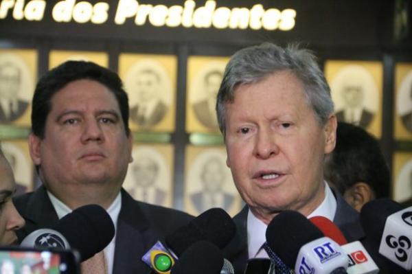Contas de 2016 de Artur Neto serão julgadas nesta terça (21) pelo TCE