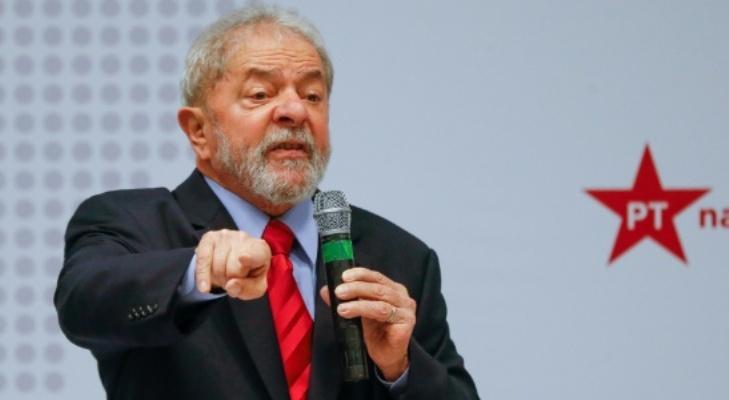 'O Congresso adora presidente fraco e o Temer é muito fraco', diz Lula