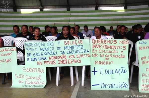 População indígena protesta contra mineração em São Gabriel da Cachoeira (AM)