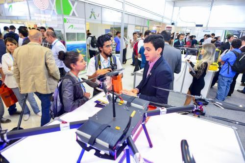 Curso sobre drones para atividades de inspeção acontece em São Paulo