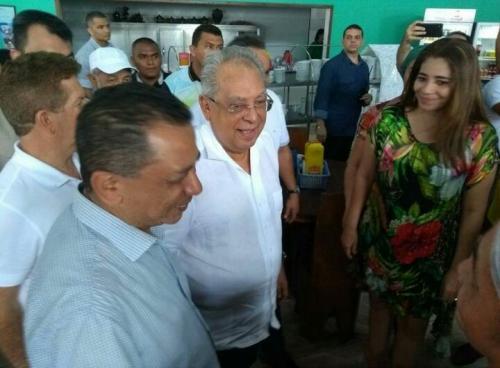 Nair Blair, pivô da cassação de Melo, reaparece ao lado de Amazonino