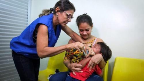 Ações para conter avanço do sarampo em Manaus tiveram continuidade na Semana Santa