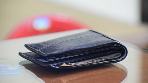 Governo propõe salário mínimo para R$1.002
