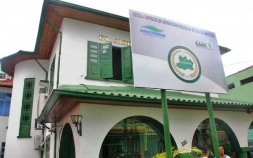 Escola da DPE-AM promove curso sobre regularização fundiária para produtores rurais